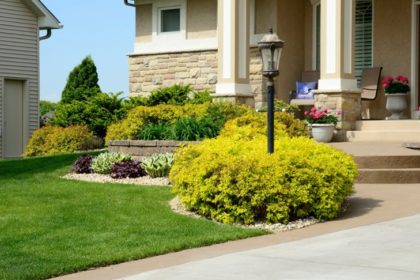 8 Landscape Staging Tips To Add Curb Appeal
